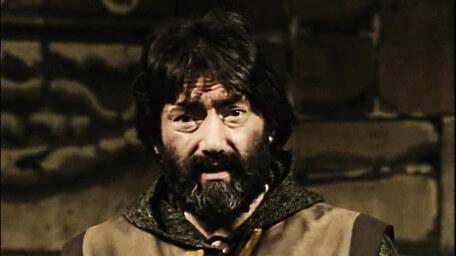 Treguard the Dungeon Master, played by Hugo Myatt. As seen in Series 1 of Knightmare (1987).