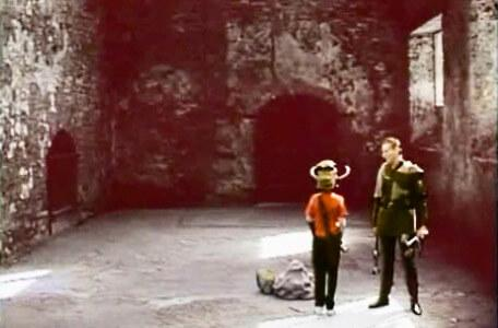 Knightmare Series 5 Team 2. Skarkill threatens Richard in a cavern.