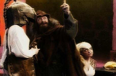 Knightmare Series 7 Team 2. Sylvester Hands demonstrates the trick he used to capture Romahna.