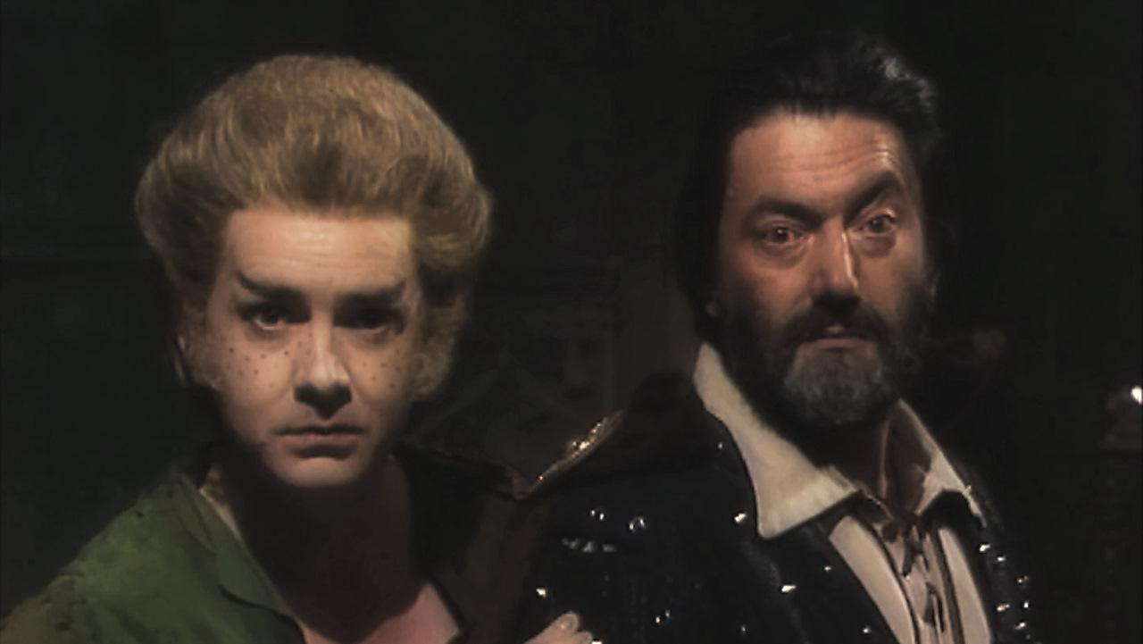 Series 5, Powers that Be. Pickle (David Learner), and Treguard (Hugo Myatt).