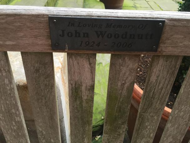 The John Woodnutt memorial bench by @UKmoose