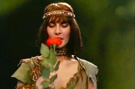 Knightmare Series 3 Team 7. Velda accepts a rose as a token of Kelly's integrity.
