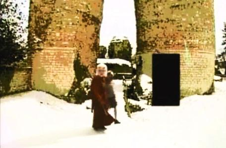 Knightmare Series 5 - End of series. Hordriss ushers Kelly forwards through a snow-covered area.