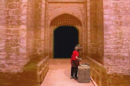Knightmare Series 5 Team 4. Ben finds clues by the castle entrance in Level 1.