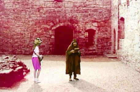 Knightmare Series 5 Team 5. Sylvester Hands takes a box from Jenna.