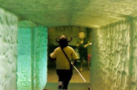 Knightmare Series 6, End of Series. Chris turns the final corner as Pickle beckons from the antechamber.