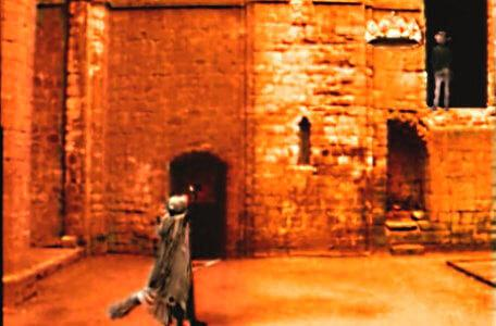 Knightmare Series 6 Team 1. Heggatty the witch makes Matt fly up to a door.