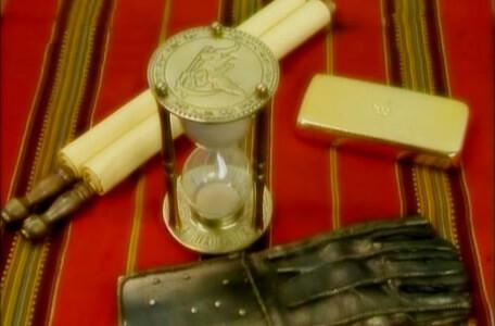 Knightmare Series 8 Team 4. The Level 1 clues include gold and an hourglass.