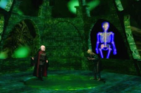 Knightmare Series 8 Team 4. Lord Fear stresses about a rogue skeletron on his screen.
