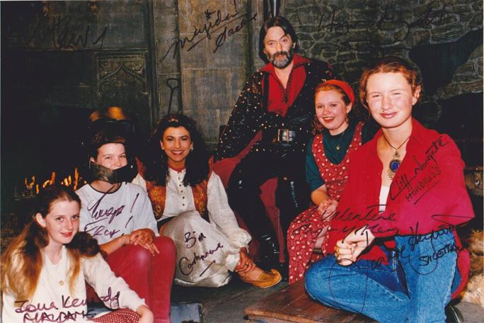 Knightmare Series 8 Team 5. A cast pic of the team with Treguard and Majida.
